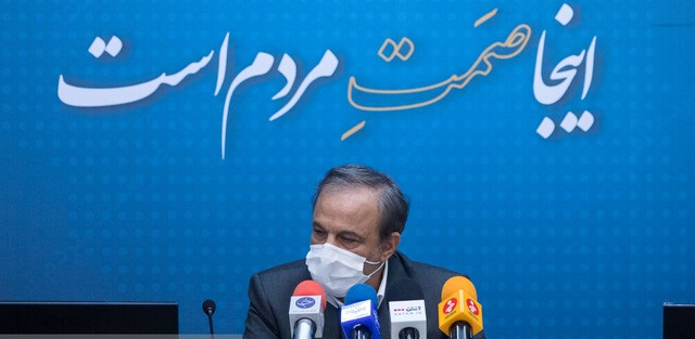 رزمحسینی: وزارت صمت مورد هجمه رانت خواران و مفسدان قرار گرفته/ خودروسازی مافیای بزرگی دارد