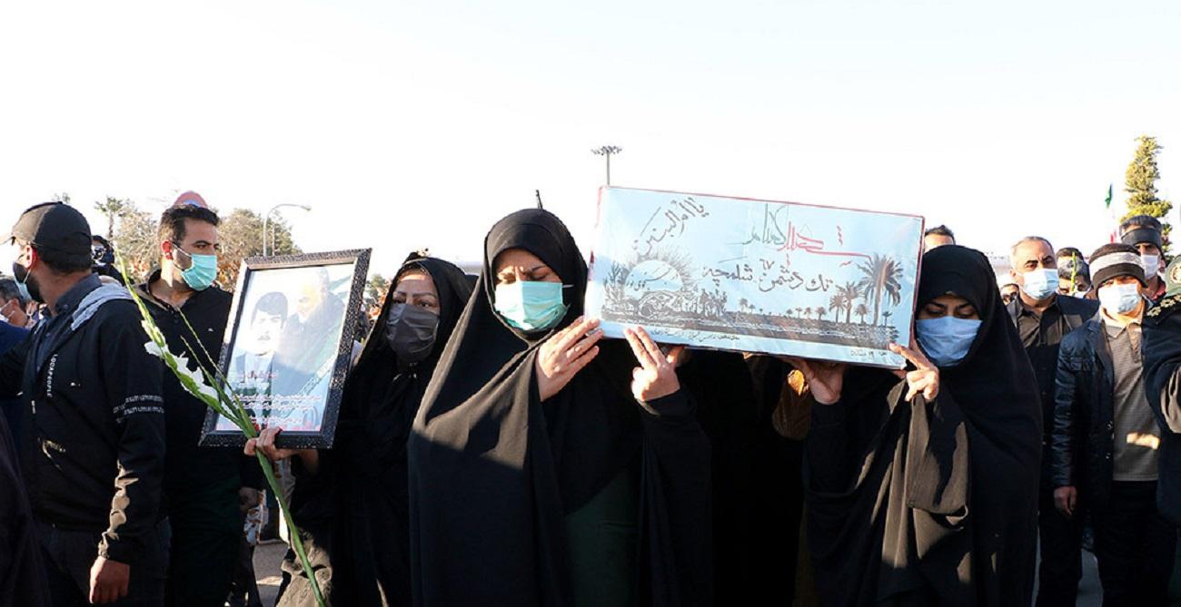 تصاویر| تشییع پیکر ۱۵ شهید گمنام در شیراز