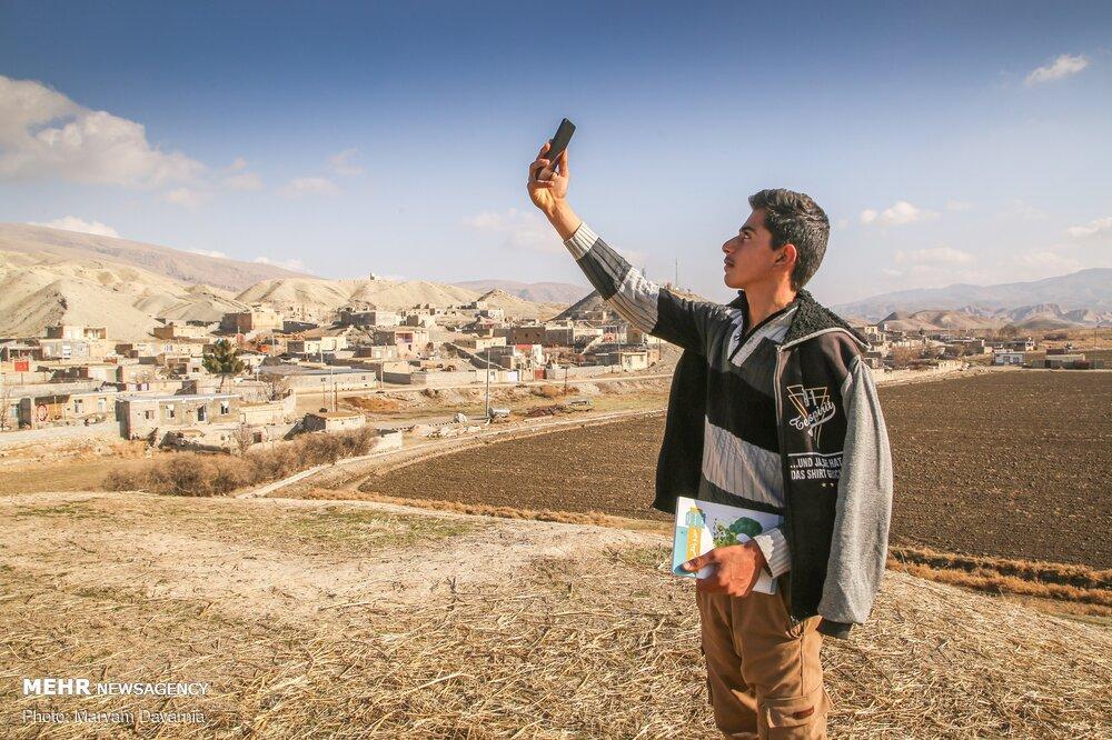 تصاویر  بحران قحطی گاز و اینترنت؛ اینجا دیوار به دیوار بجنورد است!