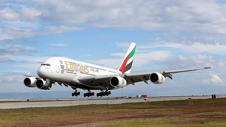 تعطیلی شلوغترین خط پروازی بینالمللی؛ بریتانیا پروازهای امارات را ممنوع کرد