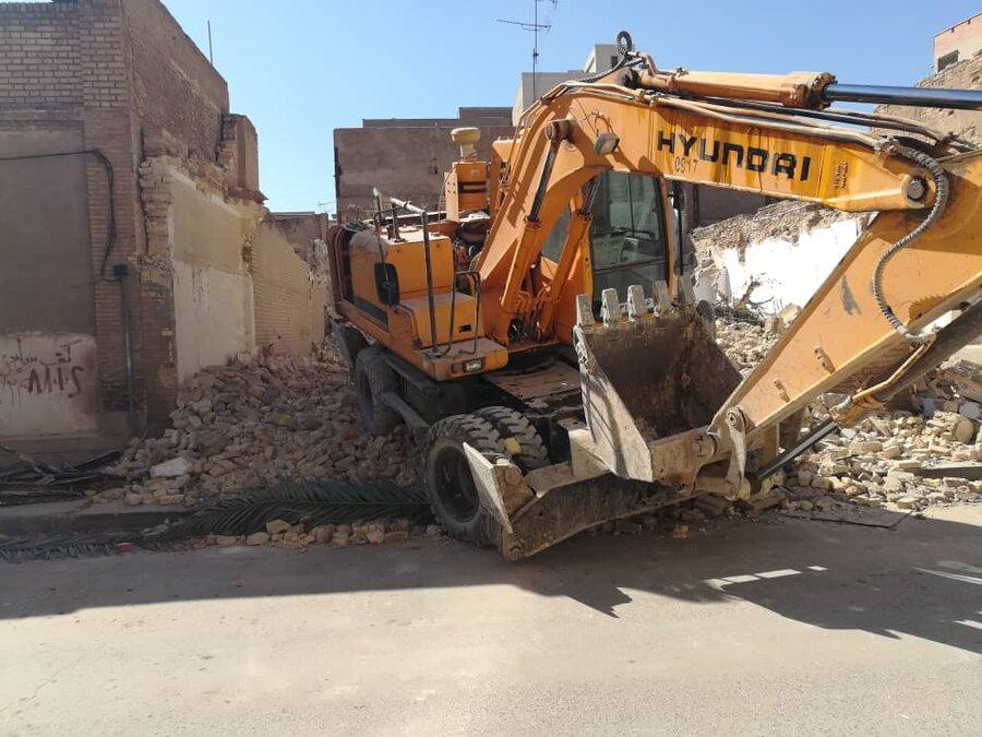 چه کسانی خانه احمد محمود را تخریب کردند؟