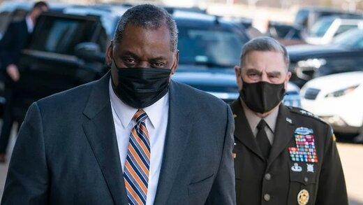 اولین وزیر دفاع سیاهپوست برای آمریکا سوگند خورد/عکس