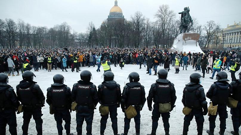 تصاویر  تظاهرات گسترده در دمای منفی ۵۰؛ در روسیه چه خبر است؟