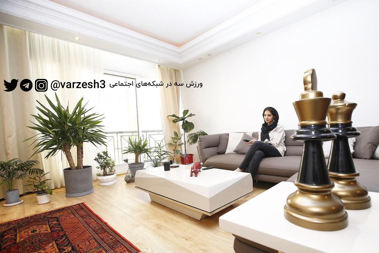 کیش و مات در قرنطینه؛ سارا خادم الشریعه به دنبال واکسن کرونا!/عکس
