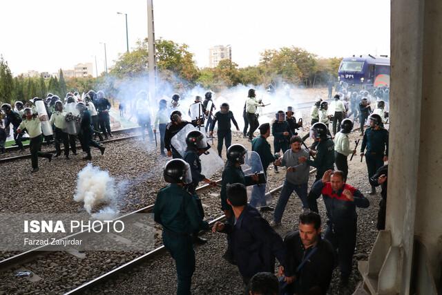 یک سال زندان و ۷۴ ضربه شلاق برای ۴۲ کارگر آذرآب بخاطر اعتراض صنفی!