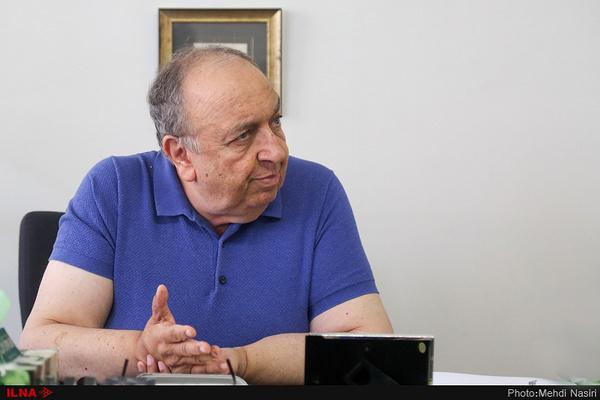بهمن فرمانآرا: اگر میتوانستند سینماها را با سه سوت تعطیل میکردند/ در گذشته فردین و فروزان با هم میرقصیدند حالا عطاران و عزتی/ مردم همیشه از ما ۵۰ قدم جلوتر هستند