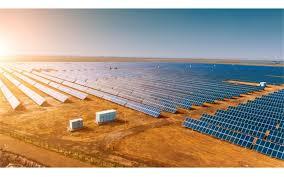 ساخت بزرگترین مزرعه خورشیدی کشور در فارس