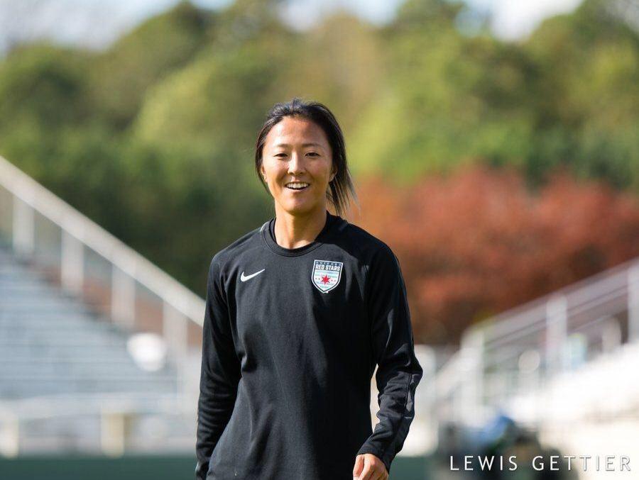 عکس| حضور یک فوتبالیست زن ژاپنی در تیم مردان