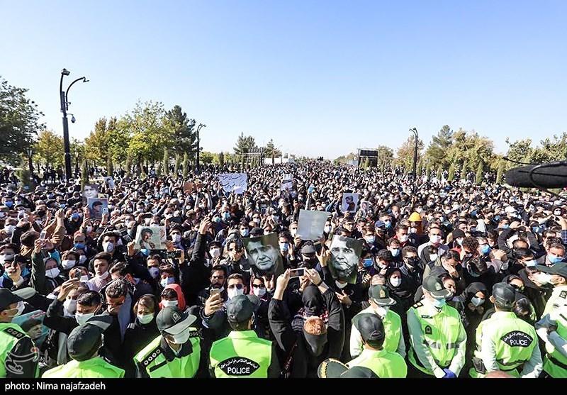 تصاویر| وداع مردم با خسرو آواز ایران؛ پیکر استاد شجریان در کنار فردوسی آرام گرفت