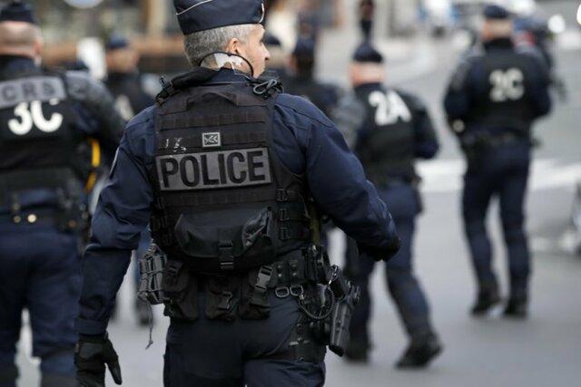 ۴ زخمی در حمله با چاقو به نزدیکی دفتر سابق شارلی ابدو /مظنونان بازداشت شدند