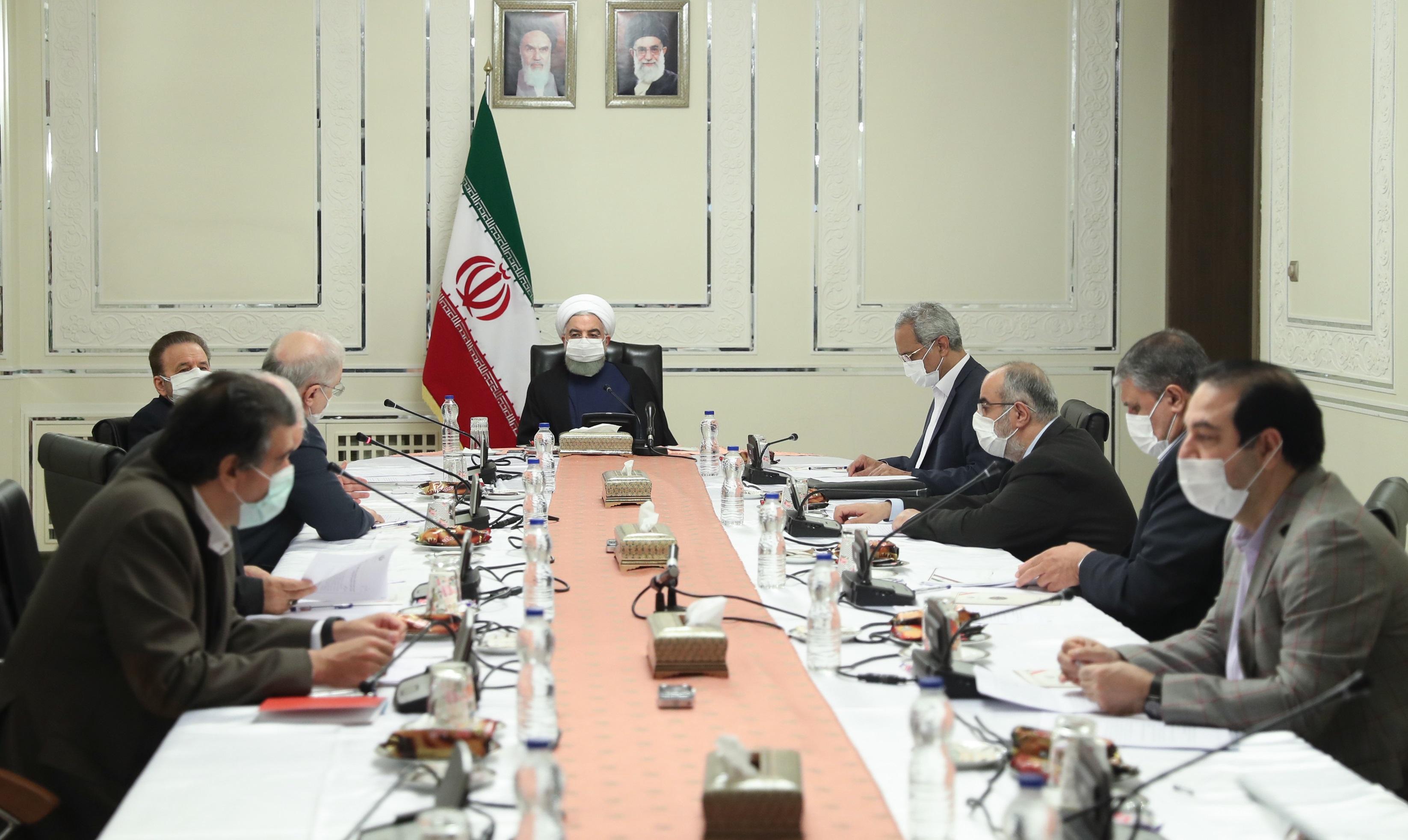 اعمال محدودیتهای شدید در ۴۳ شهر/کاهش ۵۰ درصدی حضور کارکنان دولت در تهران تا پایان آبان