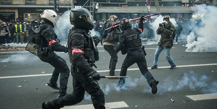 دولت فرانسه لایحه جنجالی منع فیلمبرداری از پلیس را لغو کرد