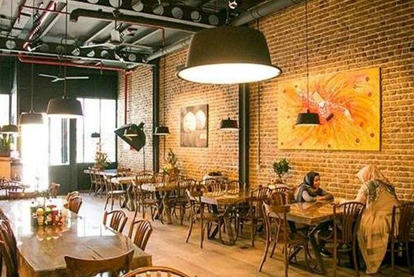 ضربه سنگین کرونا به رستوران ها/ تغییر شغل ۲۵ درصد رستوراندارها