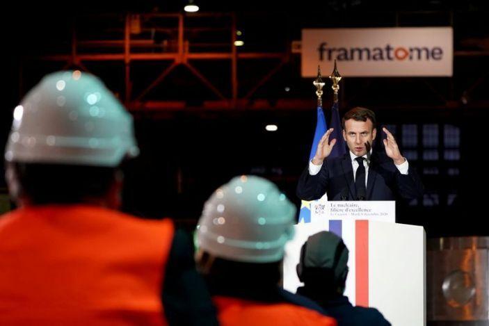 مکرون: توان هستهای مهمترین منبع تامین انرژی فرانسه میماند