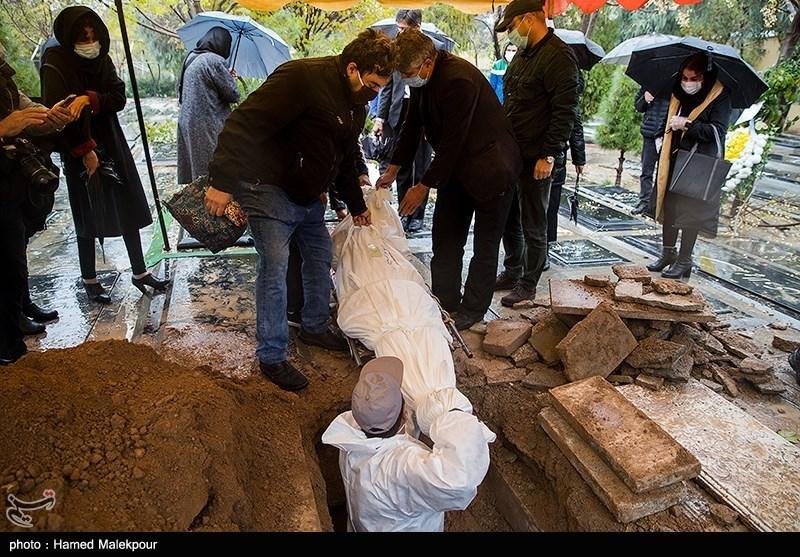 تصاویر| تشییع و خاکسپاری پیکر پرویز پورحسینی