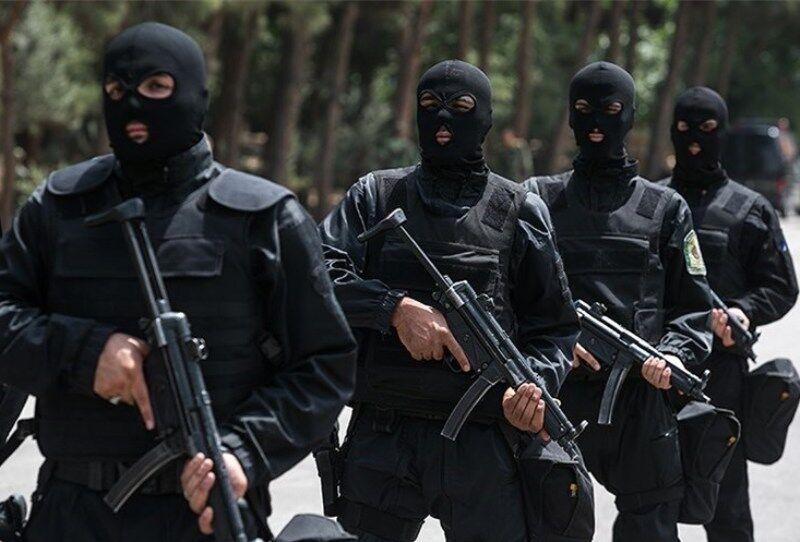 انهدام باند قاچاق انسان در خوی/ یک نفر کشته شد/ 30 تبعه خارجی آزاد شدند