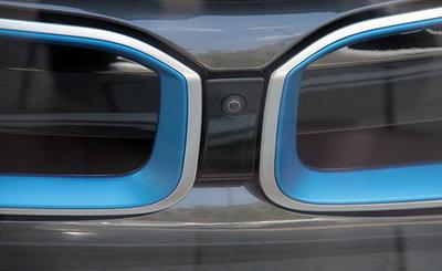 واردات خودرو لوکس مشخصات بامو i8 قیمت ب ام و i8 سود واردات خودرو درآمد واردات خودرو تعرفه واردات خودرو BMW i8