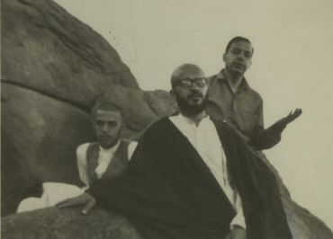 resized 41121 310 جوانی آیتالله مکارم شیرازی
