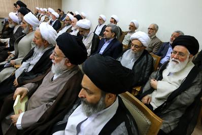 دیدار اعضای مجلس خبرگان با رهبر انقلاب resized 71031 985