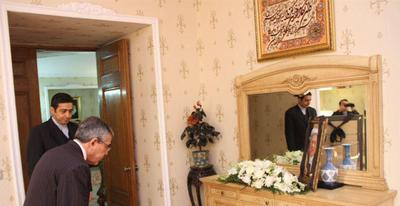 ادای احترام دیپلماتهای خارجی مقیم پایتخت چین به آیت الله هاشمی