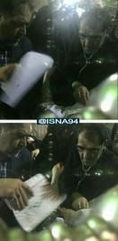 وزیر بهداشت در حال معاینه آیت الله امامی کاشانی پس از خاکسپاری آیت الله هاشمی رفسنجانی