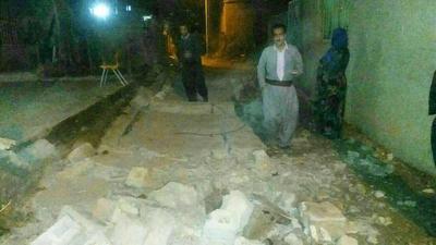 ریزش دیوار در شهر کانی دینار در استان کردستان به دلیل زلزله