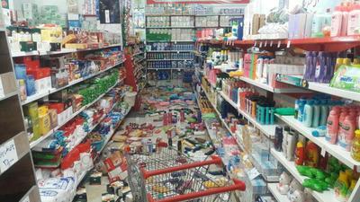 یکی از فروشگاههای شهر ایلام بعد از زلزله