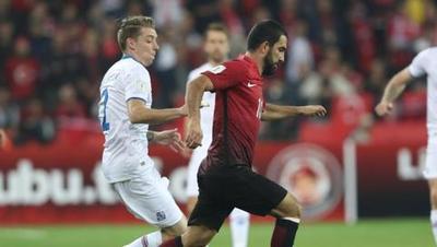 آردا توران (ترکیه) تیم پرحاشیه ترکیه پایین تر از رقبایی چون ایسلند و کرواسی نتوانست راه صعود به جام جهانی را پیدا کند.