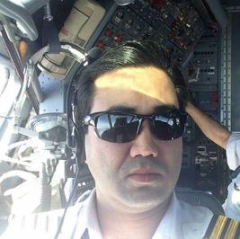 خلبان دوم کاوه خلیلی