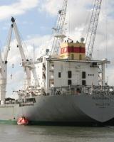 آمریکا کشتی ایرانی را آزاد کرد