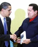 دیدار ماه گذشته هوگو چاوز و باراک اوباما / عکس: رویترز