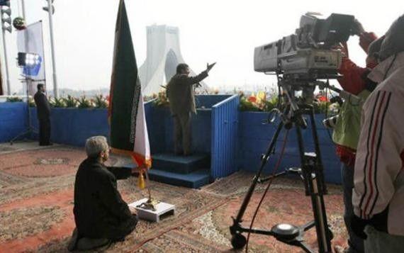 n00154097 r b 000  پشت صحنه سخنرانی احمدی نژاد + عکس