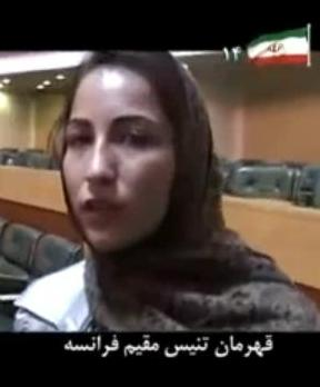 ارغوان رضایی در حالیکه گریه میکرد به حمایت از احمدینژاد پرداخت